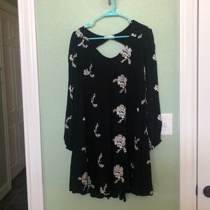 Altar'd State dress size large